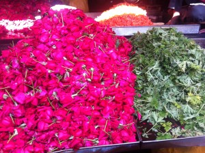 India, flowers by the pound